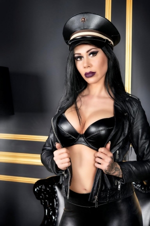 erotikhotel berlin berühmte pornodarsteller